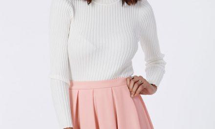 La mode standard avec une jupe patineuse